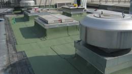 Flachdächer mit  Bitumenbahnen